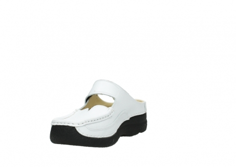 wolky slippers 06227 roll slipper 70100 white printed leather_17