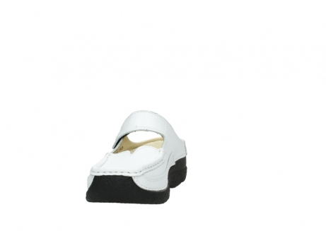 wolky slippers 06227 roll slipper 70100 white printed leather_18